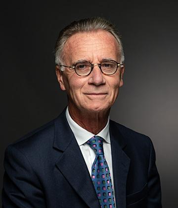 Maître Gilles Thouvenin, avocat.